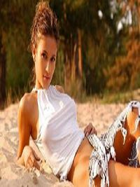 Escort Gloria in Maryborough